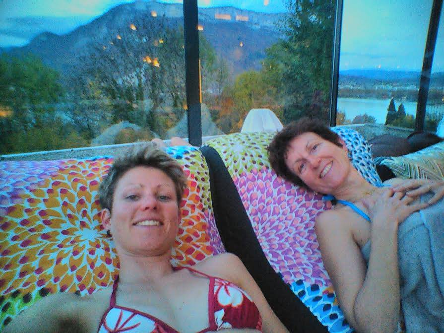 Laetitia Roux - Une temps de repos... avec ma maman !